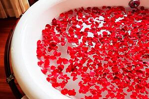 Pétalos de rosa para baño