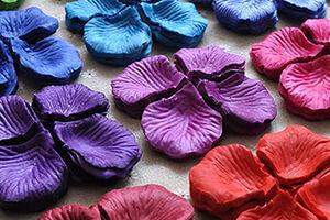 Pétalos de rosas artificiales de seda