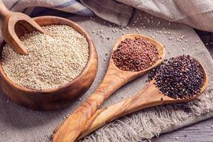 Tipos de quinoa. Blanca, roja y negra